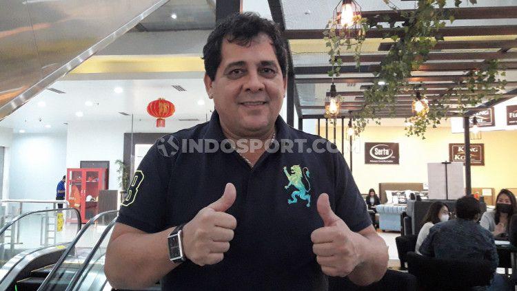 Arema FC memutuskan menyudahi kerjasama dengan Carlos Carvalho De Oliviera. Copyright: © Ian Setiawan/INDODPORT
