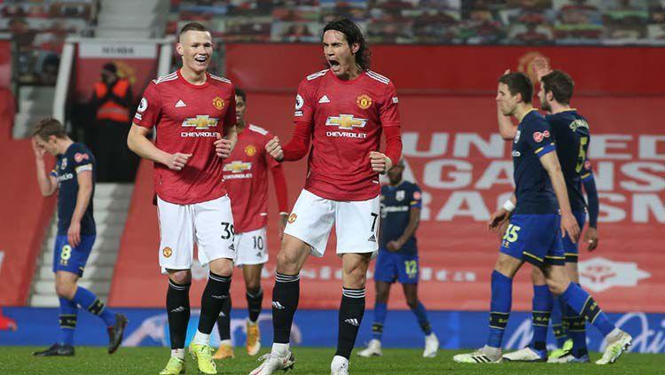 Selebrasi gol Edinson Cavani di laga Manchester United vs Southampton. Copyright: © Matthew Peters/Manchester United via Getty Images