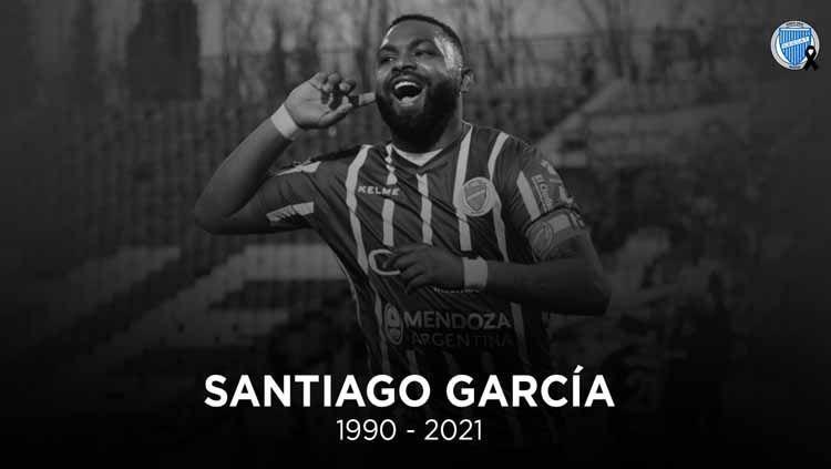 Sepakbola kembali berduka. Bintang asal Uruguay yang merupakan ikon salah satu klub kontestan Liga Argentina ditemukan tewas bunuh diri. Copyright: © Twitter/@ClubGodoyCruz