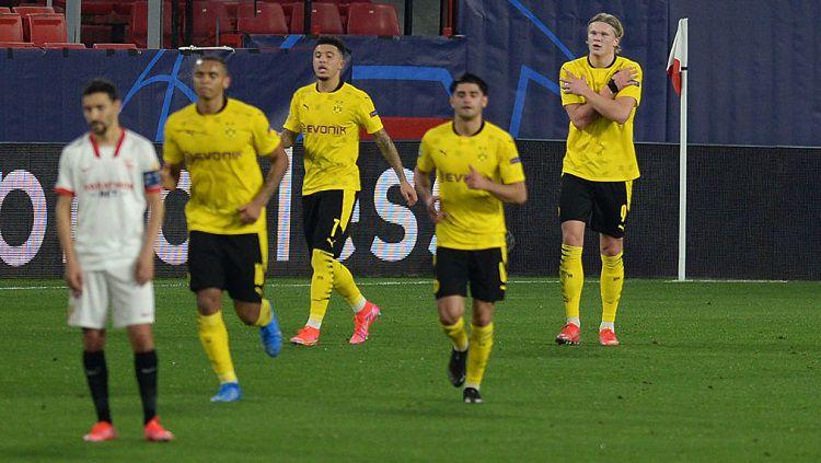 Aksi striker Borussia Dortmund, Erling Haaland, dalam pertandingan Liga Champions kontra Sevilla, Rabu (17/2/21). Copyright: © UEFA