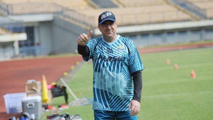 Pelatih Persib Bandung, Robert Rene Alberts. Copyright: © Media Officer Persib