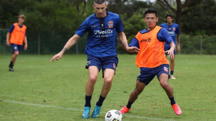 Syahrian Abimanyu Saat Berlatih Bersama Newcastle Jets Copyright: © newcastlejetsfc.com.au