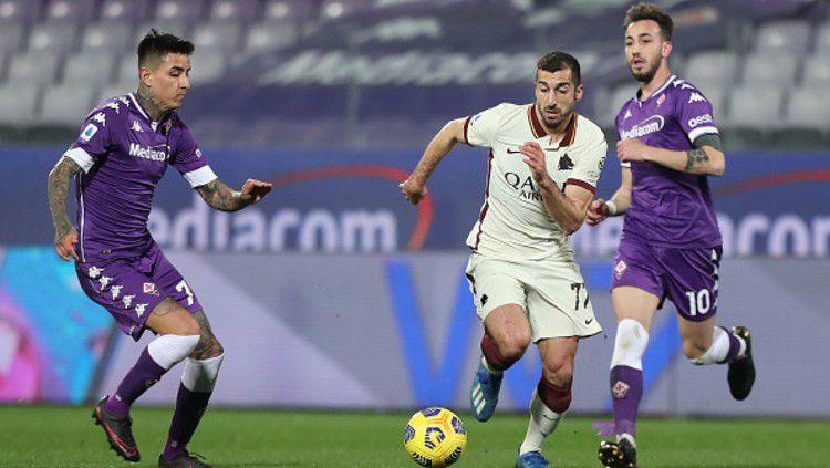 Berikut hasil Serie A Liga Italia antara Fiorentina vs AS Roma. Copyright: © (Photo by Gabriele Maltinti/Getty Images)