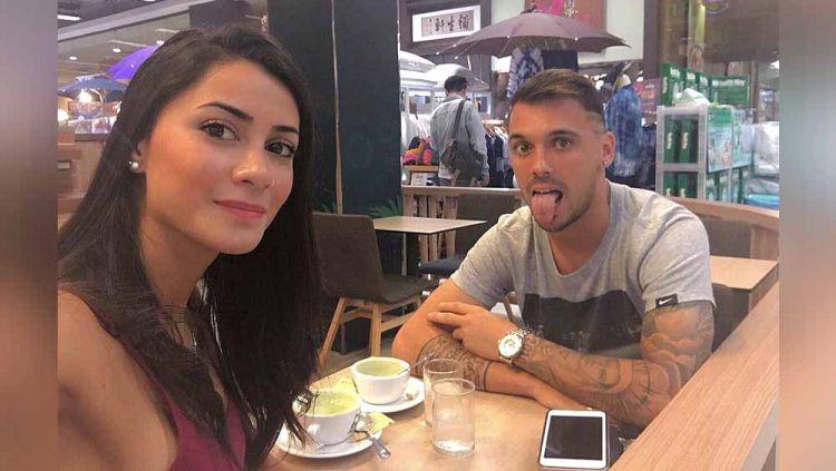 Nicolas Veles dan Lis Carolina. Copyright: © Instagram@nicovelez19