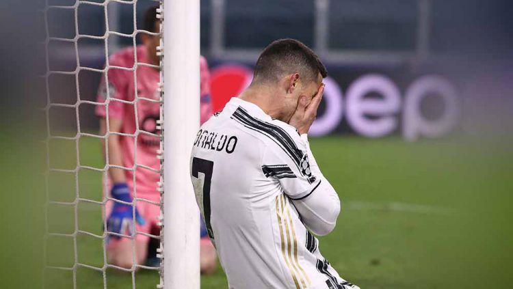Juventus menyiapkan revolusi besar-besaran dengan hanya 6 pemain yang tidak boleh dijual di bursa transfer musim panas. Cristiano Ronaldo absen di daftar itu. Copyright: © Twitter@ChampionsLeague