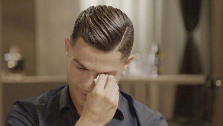 Krisis Memburuk, Juventus Minta Ronaldo dkk Relakan Gaji 4 Bulan? Copyright: © ITV