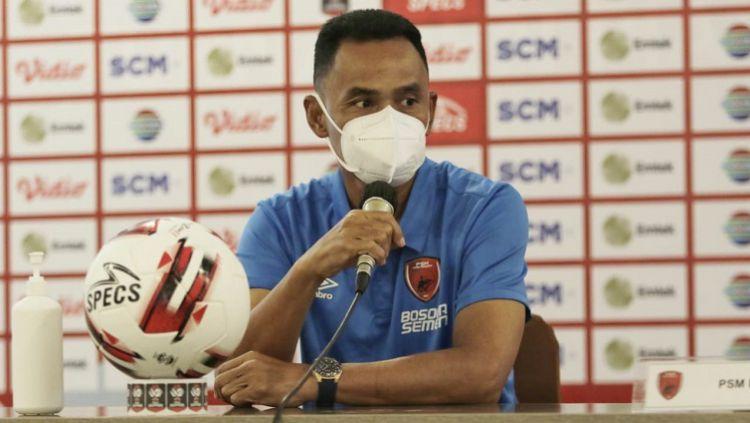 Pelatih klub Liga 1 PSM Makassar, Syamsuddin Batola, berpikir ulang dalam melakukan rotasi pemain kontra Bhayangkara Solo FC di laga kedua Grup B Piala Menpora. Copyright: © Official PSM Makassar