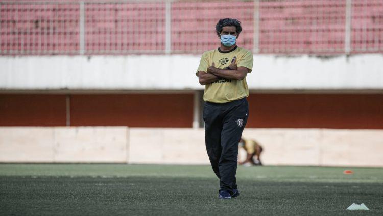 Pelatih Bali United, Stefano Cugurra Teco. Copyright: © Bali United.