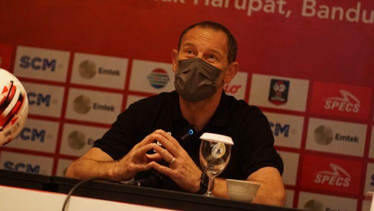 Pelatih PSS Sleman, Dejan Antonic. Copyright: © Media Officer PSS Sleman