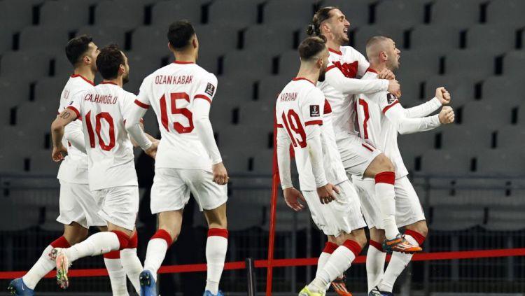 Berikut hasil pertandingan kualifikasi Piala Dunia 2022 zona Eropa antara Turki vs Belanda, Kamis (25/03/21). Tim Oranye babak belur oleh hattrick Burak Yilmaz. Copyright: © ANP MAURICE VAN STEEN/Getty Images