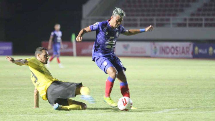 Laga pertandingan antara Arema FC vs Barito Putera di Piala Menpora 2021. Copyright: © Media Officer Arema FC