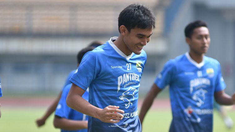 Bek Persib, Zalnando, saat berlatih di Stadion GBLA, beberapa waktu lalu. Copyright: © Arif Rahman/INDOSPORT