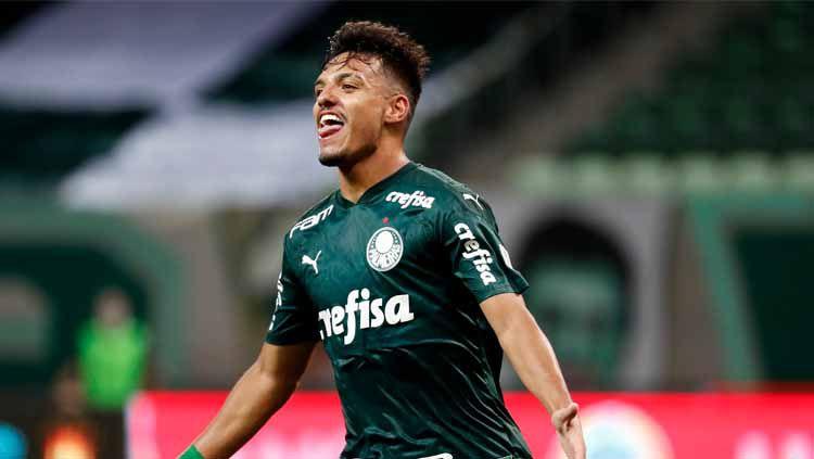 Chelsea disebut sedang mengincar bintang Palmeiras, Gabriel Menino, yang kerap disebut Yaya Toure-nya Brasil. Siapa sebenarnya pemain berusia 20 tahun ini? Copyright: © Sebastiao Moreira-Pool/Getty Images
