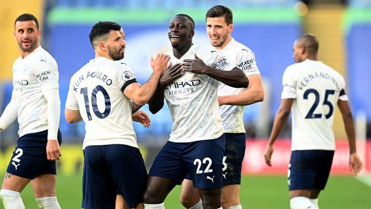 Manchester Cityberhasil membawa pulang 3 poin setelah sukses mengandaskan perlawanan Leicester City dengan skor 0-2 dalam laga lanjutan Liga Inggris pekan ke-30. Copyright: © Michael Regan/Getty Image