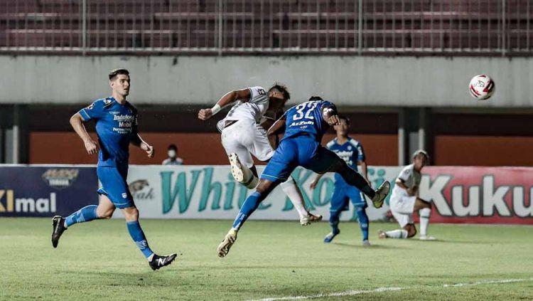 Laga Persib Bandung vs PSS Sleman pada leg 1 semifinal Piala Menpora 2021. Copyright: © Official PSS Sleman