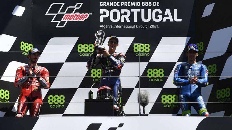 Kemenangan Fabio Quartararo di MotoGP Portugal 2021. Copyright: © PATRICIA DE MELO MOREIRA/AFP via Getty Images