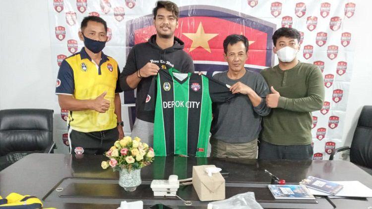 Depok City meresmikan kiper eks Semen Padang U-20, Wildan Mauluddin Achyar. Copyright: © Media Depok City