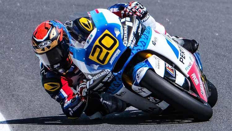 Berikut hasil race 1 FIM CEV Moto2 Portugal. Rider Indonesia Dimas Ekky crash di  lap awal, sedangkan jagoan Malaysia Adam Noroddin sukses raih podium. Copyright: © Instagram/@dimaspratama20