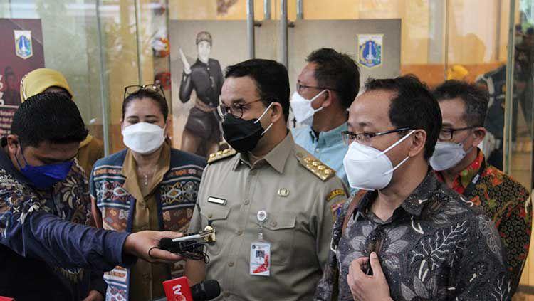Gubernur DKI Jakarta, Anies Baswedan, beri nama Saefullah untuk GOR Rorotan. Copyright: © Dewan Pers.