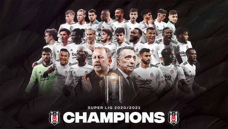 Besiktas berhasil menjadi juara Liga Turki secara dramatis setelah unggul selisih satu gol dari rival mereka, Galatasaray. Copyright: © Twitter@BesiktasEnglish