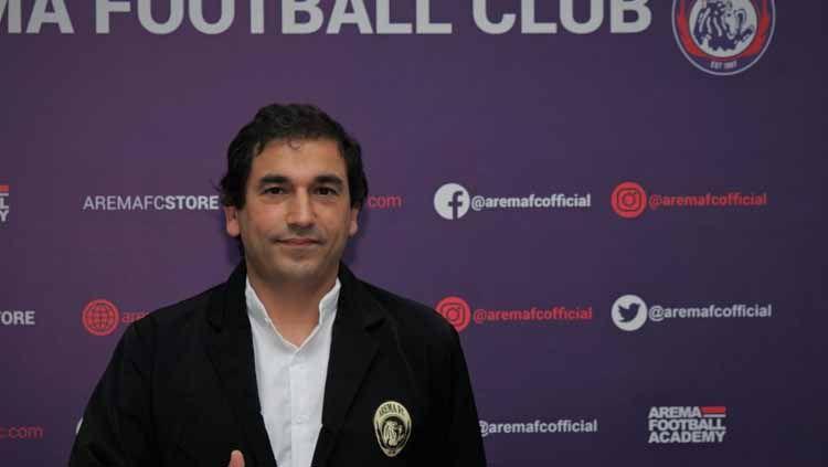 Pelatih asal Portugal, Eduardo Almeida resmi diperkenalkan Arema FC menatap kompetisi Liga 1 2021 Copyright: © Media Officer Arema