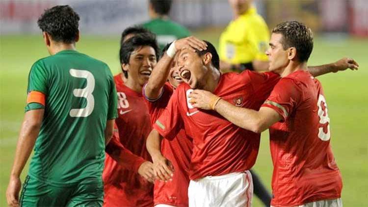 Selebrasi pemain Indonesia, pertandingan Indonesia vs Turkmenistan di kualifikasi piala dunia 2014. Copyright: © international football