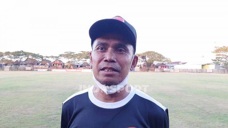 Pelatih klub Liga 1 PSM Makassar, Syamsuddin Batola. Copyright: © Adriyan Adirizky/INDOSPORT