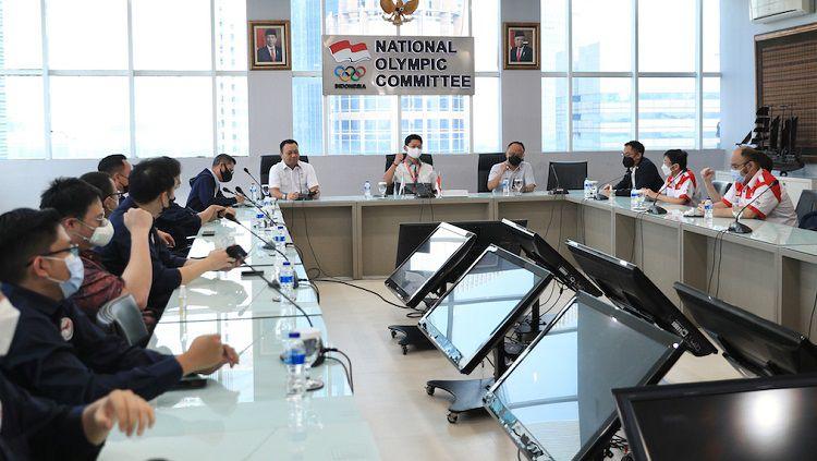 Indonesian eSports Association (IESPA) dan Pengurus Besar Esports Indonesia (PB ESI) justru menjalin kerja sama untuk membentuk Timnas Esports. Copyright: © NOC Indonesia