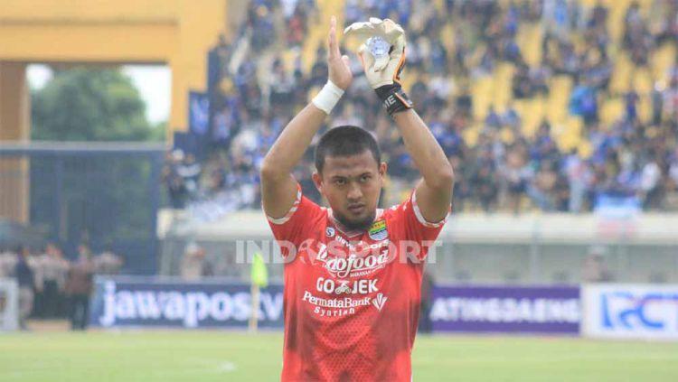Kiper Persib Bandung, Muhammad Natshir. Copyright: © Arif Rahman/Indosport.com