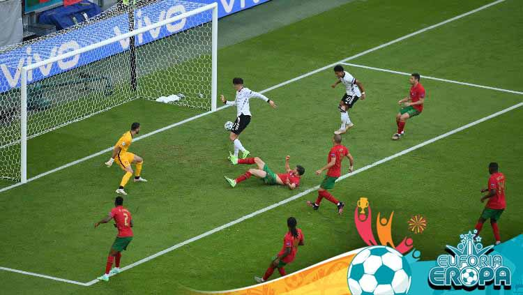 Proses gol ketiga Jerman ke gawang Portugal yang dicetak oleh Kai Havertz di Euro 2020. Copyright: © Matthias Hangst/Getty Images