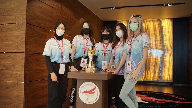 Pelaksanaan turnamen UniPin Ladies Series MLBB 2021 resmi memasuki babak playoff pada hari Jumat (25/6) hingga ditutup dengan babak Grand Final pada hari Minggu (27/6). Copyright: © UniPin.