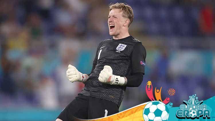 Jordan Pickford, kiper Timnas Inggris yang juga bermain untuk Everton. Copyright: © Lars Baron/Getty Images