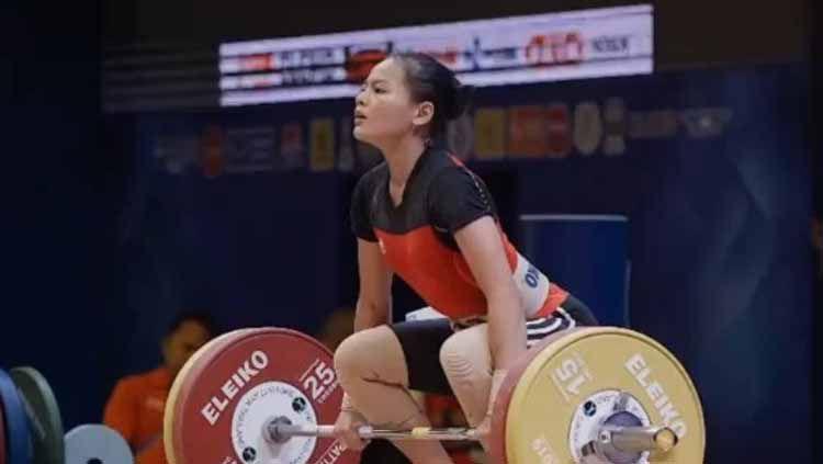 Windy Cantika berpeluang mendapatkan medali perak, usai wakil China Hou Zhihui yang meraih medali emas diduga melakukan doping di Olimpiade Tokyo 2020. Copyright: © hookgrip