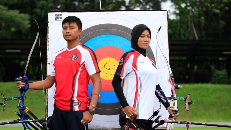 Atlet panahan Indonesia, Riau Ega Agatha dan Diananda Choirunisa Copyright: © NOC Indonesia