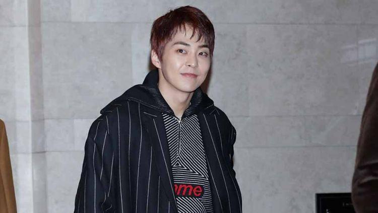 Anggota idol grup EXO, Xiumin, bakal membintangi program variety show bertema olahraga tenis yakni 'Xiumin's Tennis King Tomorrow'. Copyright: © Han Myung-Gu/WireImage