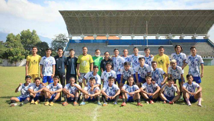 Klub Liga 3 NZR Sumbersari yang kini dilatih oleh mantan bek Timnas Indonesia, Charis Yulianto. Copyright: © MO NZR Sumbersari