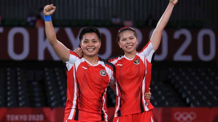 Lolos ke final Olimpiade Tokyo 2020 bersama Apriyani Rahayu, Greysia Polii tercatat punya 3 kisah berbeda bersama 3 partner berbeda, dalam 3 edisi Olimpiade. Copyright: © NOC Indonesia