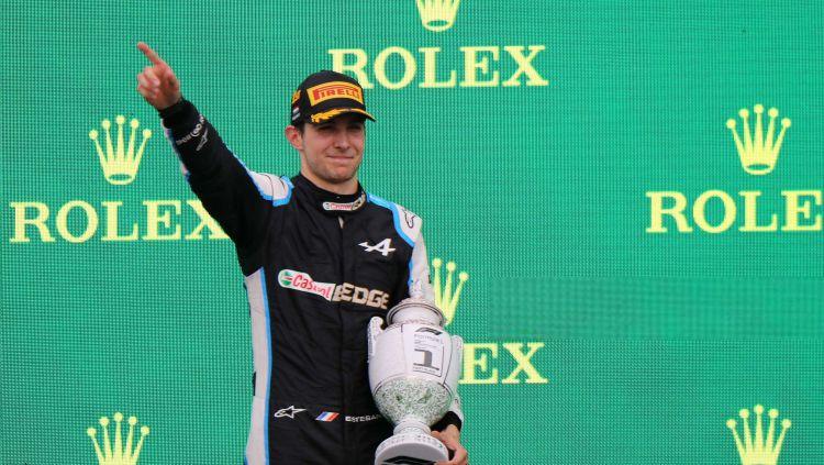 Esteban Ocon jadi juara di F1 GP Hungaria 2021 Copyright: © PETER KOHALMI/AFP via Getty Images