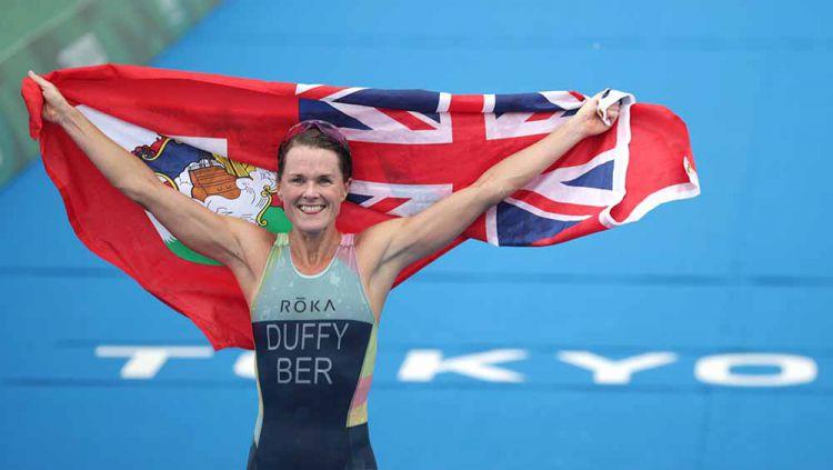 Flora Duffy, atlet triathlon asal Bermuda yang raih emas Olimpiade Tokyo 2020. Copyright: © REUTERS/Hannah Mckay