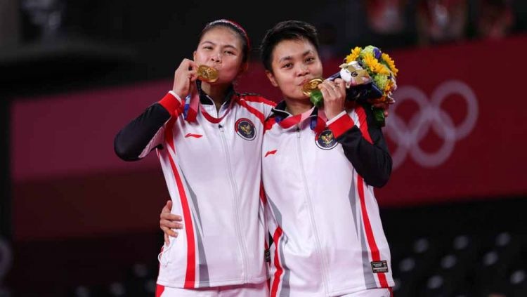 Greysia Polii/Apriyani Rahayu, peraih mendali emas di Olimpiade Tokyo 2020. Copyright: © NOC Indonesia