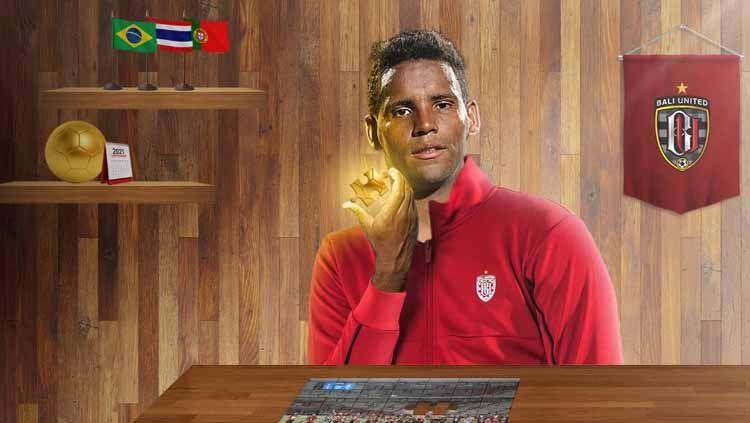 Stefano Cugurra Teco beberkan alasan Bali United boyong Eber Bessa, gelandang asal Brasil yang pernah jadi rekan setim eks bintang Chelsea, Solomon Kalou. Copyright: © Baliutd.com