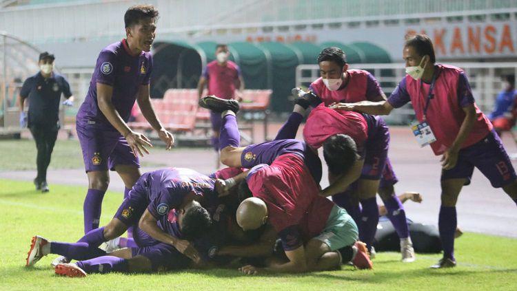 Pemain Persik merayakan gol saat laga Liga 1 menghadapi Borneo FC Copyright: © MO Persik