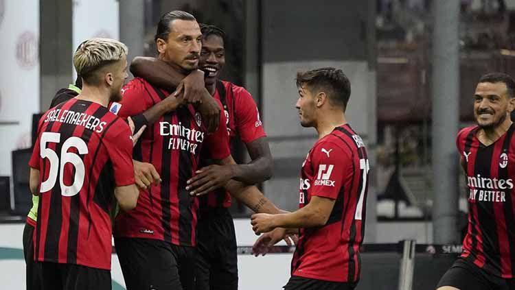 Zlatan Ibrahimovic absen saat AC Milan menghadapi Liverpool di Liga Champions, Kamis (16/09/21). Namun, 3 bintang Rossoneri ini patut diwaspadai The Reds. Copyright: © Twitter AC Milan