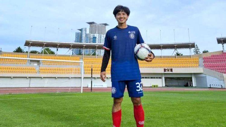 Eks timnas Indonesia U-19, Muhammad Iqbal, berkontribusi atas kemenangan sempurna Cheongju FC, kontestan K3 League (kasta ketiga Liga Korea Selatan). Copyright: © Cheongju FC