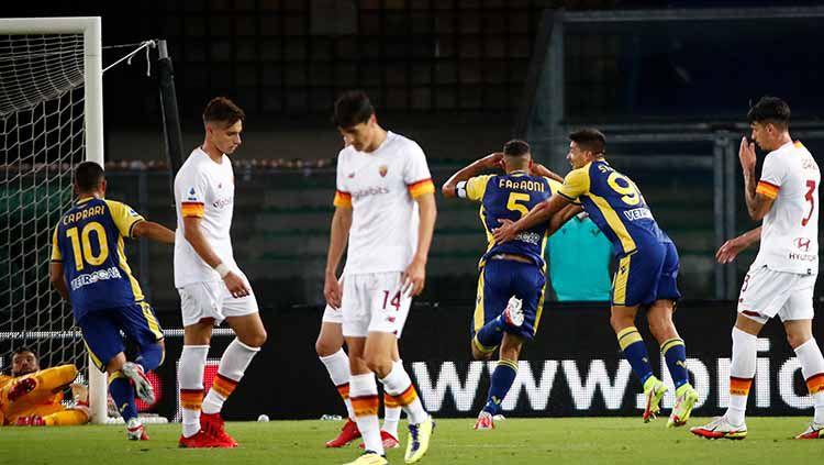 Situasi laga Liga Italia antara Hellas Verona vs AS Roma. Copyright: © REUTERS