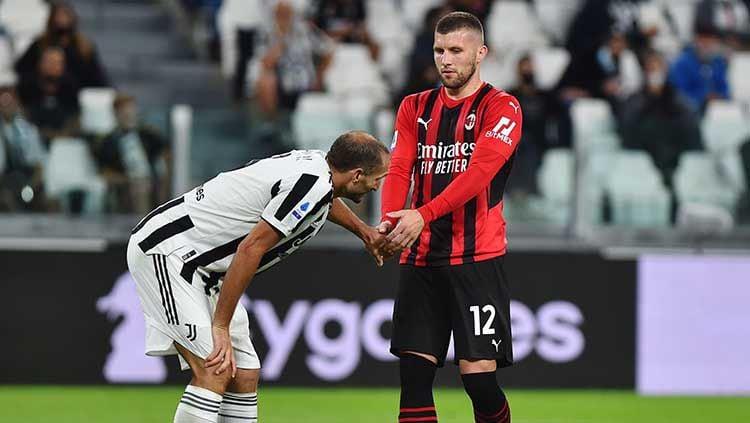 Berikut rating pemain AC Milan usai curi poin di Allianz Stadium markas Juventus pada laga pekan keempat Liga Italia, Senin (20/09/21) dini hari WIB. Copyright: © REUTERS