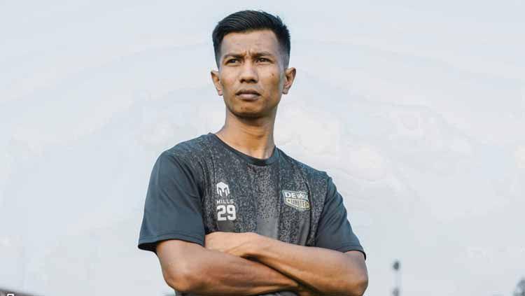 Suhandi, pemain baru Dewa United FC. Copyright: © Dewa United