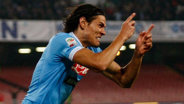 Edinson Cavani saat masih memperkuat Napoli. Copyright: ©