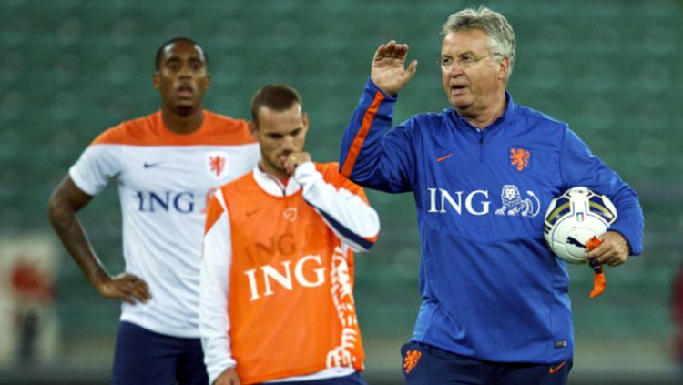 Mantan pelatih timnas Belanda, Guus Hiddink. Copyright: © GETTY IMAGES