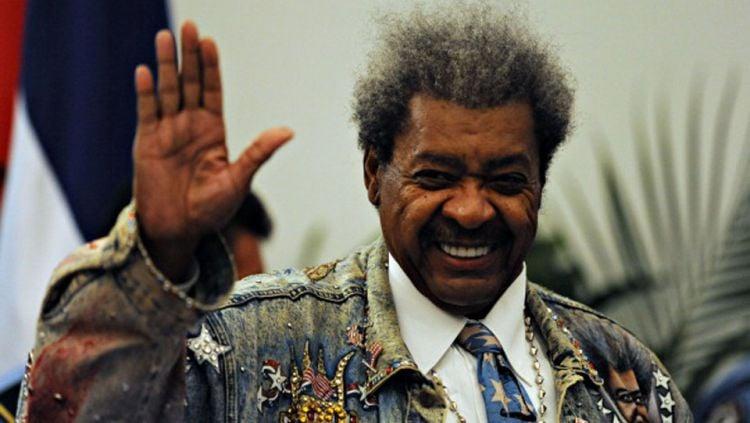 Selain sama-sama menyandang status legenda di dunia tinju, Mike Tyson dan Muhammad Ali juga sama-sama memiliki musuh penghancur bernama Don King. Copyright: © Getty Images